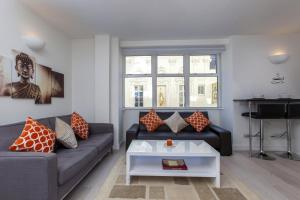 Club Living - Piccadilly & Covent Garden Apartments in London, Greater London, England