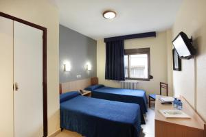 Double Room Interior (1-2 adults)