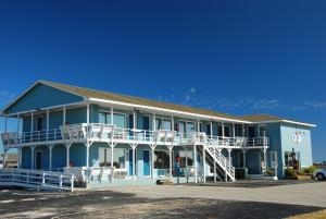 Photo of Fin 'n Feather Waterside Inn By Kees Vacations