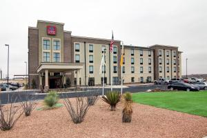 Photo of Comfort Suites Carlsbad