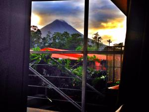 Two-Bedroom Apartment with Volcano View