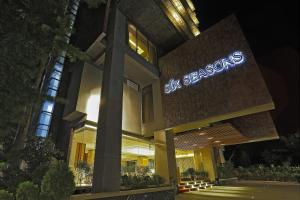 Photo of Six Seasons Hotel