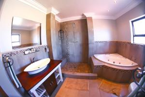 Luxury King Room with Spa Bath and Balcony