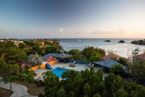 Photo of True Blue Bay Resort