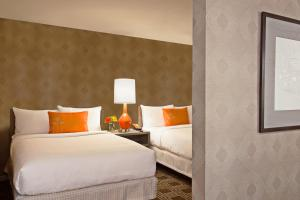The Garland - 6 of 43