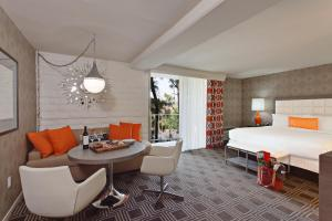 The Garland - 22 of 43