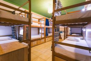 Bed in 10-Bed Mixed Dormitory Room