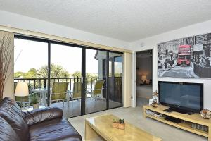 Premier One-Bedroom Apartment with View (4 Guests)