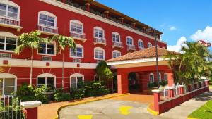 Photo of Seminole Plaza Hotel