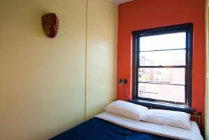 Micro Double Room (with Shared Bathroom)