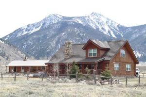 Photo of Montana Spirit Guest Lodge