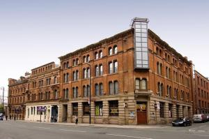 Photo of Premier Inn Manchester City Centre   Portland Street