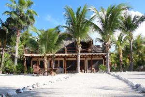 Photo of Beach Guesthouse Holbox Apartments & Suites