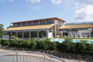 Rondell an der Jasmund-Therme Neddesitz, Apartments  Neddesitz - big - 57