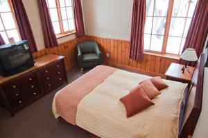 Double Room with Two Double Beds - Lodge