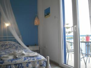 Sunrise Flora, Apartments  Agia Marina Aegina - big - 15