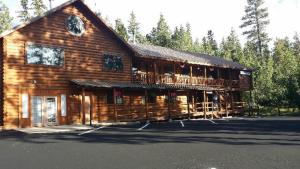Photo of Duck Creek Village Inn