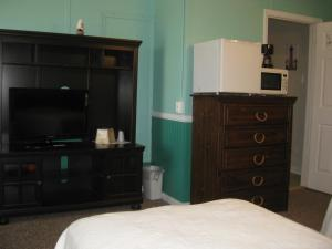 Deluxe Two Twin Beds Room