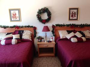Deluxe Mini Suite with Two Queen Beds