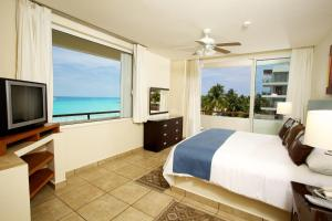 One-Bedroom Suite Beachfront