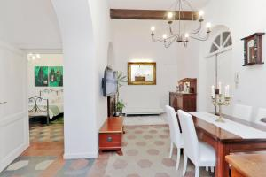 Romance al Colosseo apartment Rome