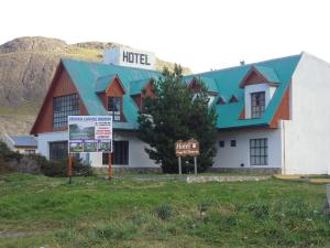 Photo of Hotel Lago Del Desierto