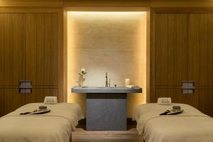Junior Suite with Spa Access & Free Wifi