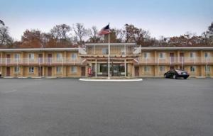 """Americas Best Value Inn-Wethersfield/Hartford"""
