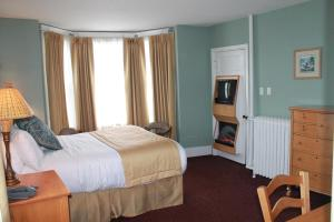 James Bay Inn Hotel, Suites & Cottage, Hotel  Victoria - big - 54