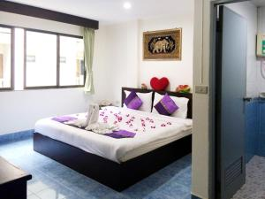Photo of Patong Ours Guest House