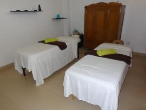 One-Bedroom Suite with Massage Package
