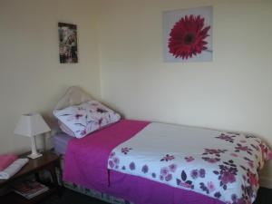 Angela's Bed & Breakfast, Bed and breakfasts  Galway - big - 2