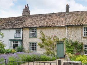 Lavendar Cottage in Methwold, Norfolk, England