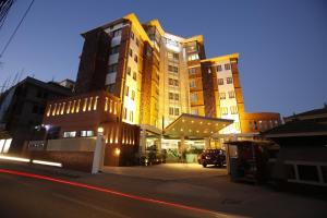 Photo of Platinum Hotel & Spa