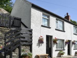 Bridge House in Cilgerran, Pembrokeshire, Wales