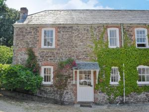 Farm Cottage in Stowford, Devon, England