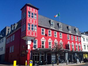 Photo of Mc Sweeney Arms Hotel