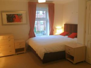 Photo of Oxford Apartment Guesthouse