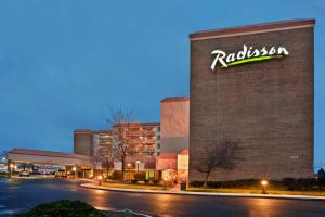 Photo of Radisson Cleveland Airport