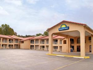 Photo of Days Inn Ruidoso Downs