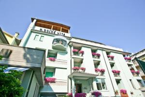Hotel Dolcevita, Hotely  Cesenatico - big - 1