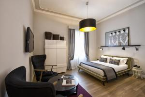 The Independent Suites - abcRoma.com