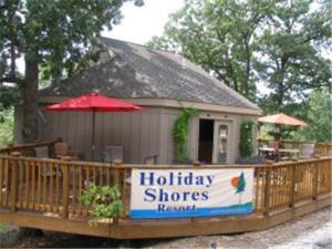 Holiday Shores Resort