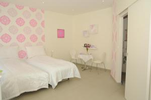 CoCo Bed & Breakfast, Bed and Breakfasts  Esbjerg - big - 18