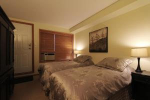 Two-Bedroom Suite - Glaciers Reach