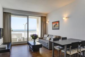 Photo of Gorgeous Suite With Ocean View Tlv