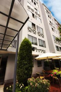 Photo of Hotel Runcu Miraflores