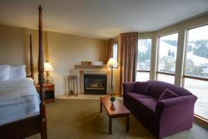 Premium King Room with Fireplace