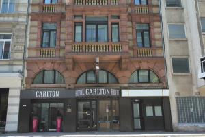 Photo of Carlton Hotel