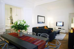 Photo of Apartment Victor Hugo   7 Adults